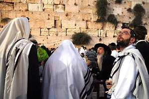 Tisha b'Av at the Kotel 2007