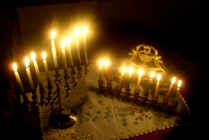 chanukah-candle-lighting