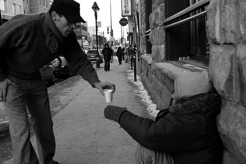Random Acts of Kindness do happen all the time and gives our spirits a much needed lift.  This article explores those Random Acts of Kindness - enjoy.