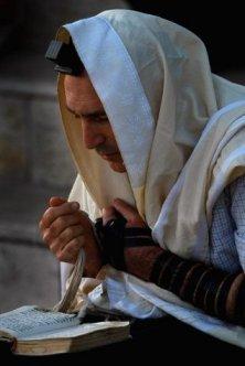 jewish-prayer_davening